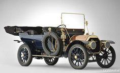 1909 Pierce Great Arrow Series PP 40HP 7-Passenger Touring Car