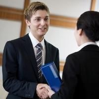 Networking: 5 things you want the other person to know about you / Aug 28 '12