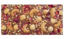 #mySwissChocolate mit Schweizer Vollmilchschokolade, getrockneten Rosenblättern, gerösteten Cashews und karamellisiertem Puffreis