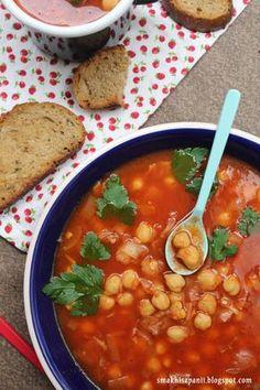 Smak Hiszpanii: Zupa pomidorowa z ciecierzycą Soup Recipes, Healthy Recipes, Healthy Food, I Want To Eat, Frugal Meals, Chana Masala, Tofu, Food Inspiration, Food Porn