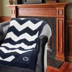 Penn State Nittany Lions Chevron Throw Blanket
