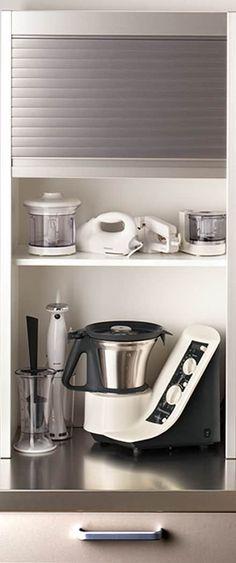 Módulo persianero para pequeño electrodoméstico: Cocinas de estilo moderno de DEULONDER arquitectura domestica
