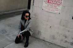 LA Blogger Tania Sarin wearing a calssic blazer and black sunnies in this editorial street style look