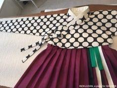 INOHJUDAN2015 Korean Traditional, Traditional Fashion, Traditional Outfits, Korean Dress, Korean Outfits, Asian Fashion, Unique Fashion, Modern Hanbok, Hanfu