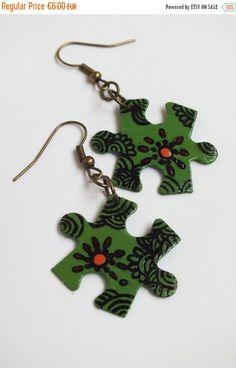 CHRISTMAS SALE Jigsaw puzzle  Puzzle piece by DarkFireHandmade