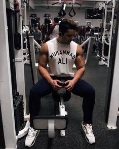 """I hated every minute of training but I said 'Don't quit. Suffer now and live the rest of your life as a champion.' #muhammadali #trainingday #trainhard #trainingmode #asosmen #motivationalquote #motivationfitness ............ Eu odiei cada minuto de treino mais eu disse """"Não desista"""". Sofra agora e viva o resto da sua vida como um Campeão. #MuhammadAli #treinoinsano #motivacao #motivacaofit #asseenonme - you can find this tank at asos.com  @liketoknow.it http://liketk.it/2qAJJ #liketkit"""
