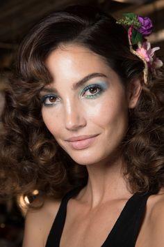 Hair & makeup. ||  Diane von Furstenberg Spring 2016 Ready-to-Wear Fashion Show Beauty