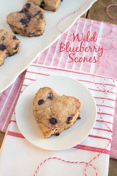Heart Healthy Wild Blueberry Scones | Another great recipe from @fannetasticfood featuring @wildbberries