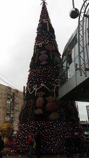 Хороший блог о кино и музыке, а тк же путешествиях: Moscow Christmas trees and festive decorated 2016-...