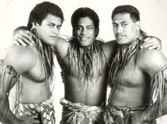 Three of the eight football-playing Noga brothers -- Al, Pete and Niko -- made it to the NFL after starring at Hawaii. Hawaii Athletics, Samoan People, Samoan Men, Hawaii Sports, Polynesian Men, College Football Players, University Of Hawaii, Man O, College Fun