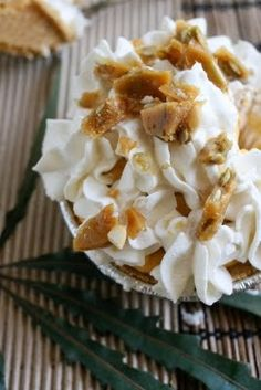 Pumpkin cream pies