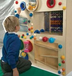 The latest addition to our Wonder Wall range, this beautiful moving sculpture features 2 tube tracks, 3 secure hourglasses, a glitter wall and a marble wheel. Special Needs Toys, Interactive Walls, Sensory Rooms, Textured Walls, Fun Activities, Kids Rugs, Usa, Holland, Xmas
