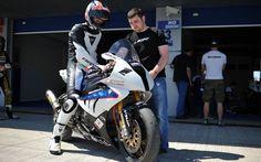 L'aventure du TT et de la BMW S1000RR qui l'a remporté - Moto Journal