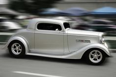 White Lightning : 1934 chevy coup -