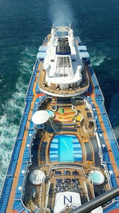 [LIVE] Anthem of the Seas - Evento Inaugurale - Pagina 6 Cruise Travel, Cruise Vacation, Vacation Trips, Cruise Trips, Royal Caribbean Ships, Royal Caribbean Cruise, Symphony Of The Seas, Anthem Of The Seas, Floating Hotel