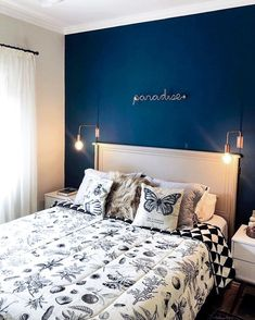 Small Room Bedroom, Blue Bedroom, Bedroom Color Schemes, Bedroom Colors, Home Room Design, Bed Design, Home Office Decor, Home Decor Bedroom, Family Room Lighting