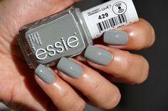 Essie Maki Me Happy fall collection nagellak 429 Now And Zen nail polish