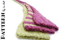 Baby Elf Knit PDF Pattern Free PDF format Easy Knitting level. www.irarott.com