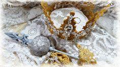 A Guilded Crown - Lace Crown - Tresors de Luxe - https://www.youtube.com/watch?v=AbjVMshluJM