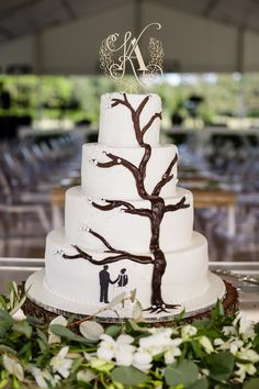 Elegant Tree Wedding Cake