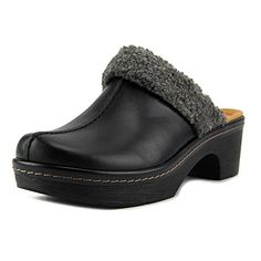 812f03586a43d Clarks Womens Preslet Grove Black Leather ClogMule 6 B M     Check out this  great