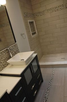 Guest bath shower no decorative strip. Taupe Bathroom, Bathroom Accents, Bathroom Renos, Bathroom Colors, Bathroom Cabinets, Bathroom Ideas, Bathrooms, Shower Niche, Master Shower