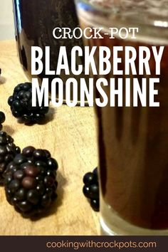 Alcohol Drink Recipes, Wine Recipes, Crockpot Recipes, Flavored Alcohol, Infused Vodka, Homemade Alcohol, Homemade Liquor, Moonshine Recipes Homemade, Moonshine Drink Recipes