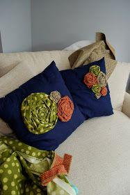 Lemon Tree Creations: Revisiting the Rosette Pillow