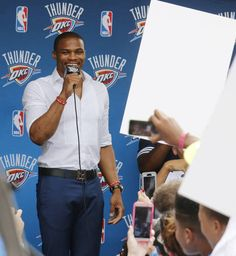 Russell Westbrook returns to sign an extension of his contract and is greeted by hundreds of Thunder fans outside of the Chesapeake Arena, Thursday, August 4, 2016. Photo by Doug Hoke, The Oklahoman