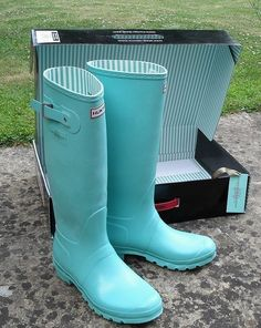 tiffany blue hunter rain boots
