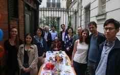 Fête des voisins : 20 ans après, retour où tout a commencé avec les pionniers - Le Parisien 20 Years Old