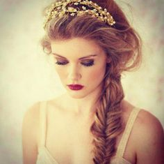 Perfect messy fishtail braid. Elegant and messy. Simply lovely ♥