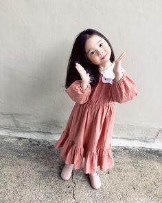 Asian baby Best Picture For abdomen imagenes . Cute Asian Babies, Korean Babies, Asian Kids, Cute Babies, Baby Girl Fashion, Kids Fashion, Cute Kids Photography, Cute Baby Girl Pictures, Ulzzang Kids