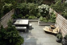 Before & After: A Modern Townhouse Garden in Brooklyn - Gardenista Townhouse Garden, Modern Townhouse, London Townhouse, Outdoor Spaces, Outdoor Living, Outdoor Decor, Small Gardens, Outdoor Gardens, Brooklyn Backyard