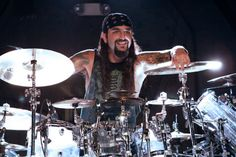 Mike Portnoy, greatest drummer ever. Music Albums, Film Music Books, Dream Theater, Metal Projects, Drum Kits, Kinds Of Music, Great Bands, Listening To Music, Rock And Roll