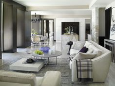 Luxury Interior Design By Fendi Casa Home Living Room, Living Room Designs, Living Room Decor, Living Spaces, Kitchen Living, Living Area, Luxury Condo, Luxury Homes, Style At Home