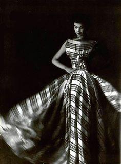 Madame Gres, 1953