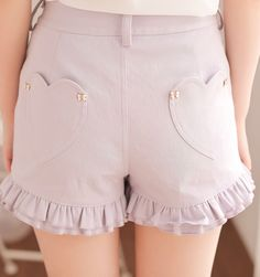These shorts are so adorable! I love the details/designs.