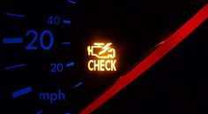 Check Engine, la señal de alarma que nunca debes ignorar - http://autoproyecto.com/2017/02/check-engine-la-senal-de-alarma-que-nunca-debes-ignorar.html?utm_source=PN&utm_medium=Pinterest+AP&utm_campaign=SNAP