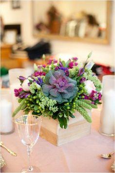 ea1386536f3ca491e06eefa66e2b1f25--colorful-wedding-centerpieces-low-centerpieces.jpg 399×600 pixels