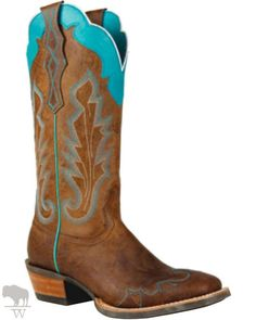I love this paint job, gives me more ideas for my own goodwill and other thrift store boot finds.  Nothing better than a $2 pair of all leather vintage cowgirl boots to paint and sell, or keep :)