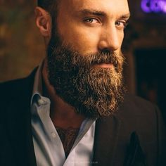 Ohhh my... this beard is perfect!