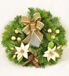 Doar pe www.123flori.ro Christmas Wreaths, Holiday Decor, Design, Home Decor, Crown, Christmas Swags, Decoration Home, Holiday Burlap Wreath, Interior Design