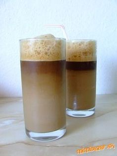 Ice cafe home edition podla Jara ľadová káva Frappe, Coffee Drinks, Pint Glass, Smoothies, Beverages, Food And Drink, Tableware, Recipes, Bazaars