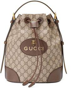Gucci bei Luxury & Vintage Madrid, die beste Online-Auswahl an Luxus-Kleidung, Pre-geliebt mit bis zu 70% Rabatt