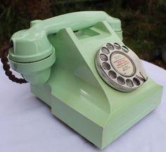 ART DECO POWDER GREEN 300 SERIES ITI BAKELITE TELEPHONE 50s- JUST GORGEOUS phone