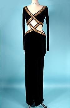 I love this beautiful gown worn by Whitney Houston