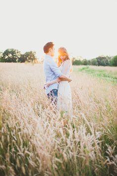 Photos D'engagement, Family Photos, Photos Tumblr, Engagement Couple, Engagement Pictures, Engagement Shoots, Shooting Couple, Shooting Photo, Picture Photo