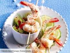 Prawns with coconut-ginger punch – Recipes – Blackhead Finger Food Appetizers, Finger Foods, Facial Cleansing Brush, Punch Recipes, Natural Supplements, Fresh Ginger, Prawn, Shrimp Recipes, Entrees