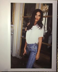 "489.5k Likes, 1,186 Comments - Emily Ratajkowski (@emrata) on Instagram: ""Paris @livincool"""